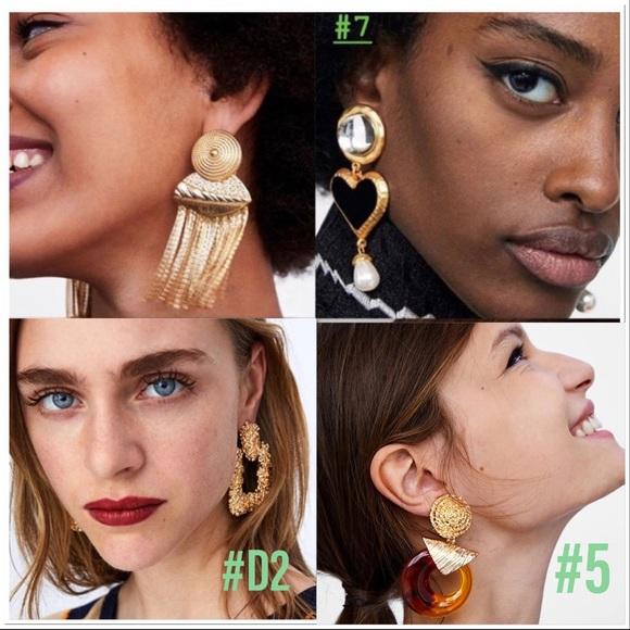 925 Sterling Silver Screwback Earrings Woman In Dress Kissing Man Hobo L@@K!